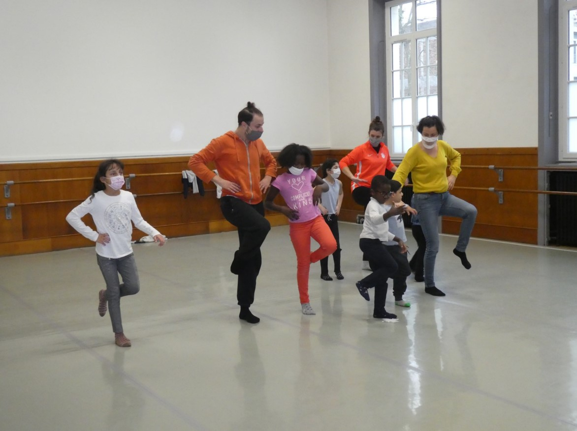 Photo de groupe danse contemporaine 2