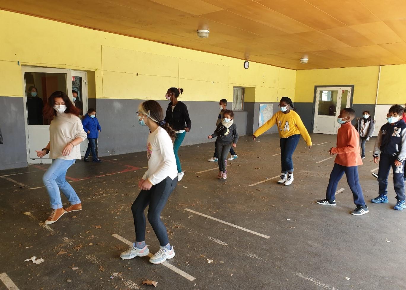 Photo de groupe activité éducative 2